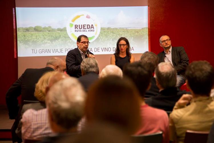 El sector turístico da la bienvenida a la Ruta del Vino de Rueda